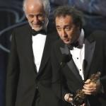 Toni Servillo e il regista Paolo Sorrentino ritirano il premio